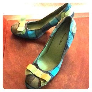 Flannel high heel shoes